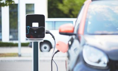 Investigadores de Hardvard desarrollan batería de litio de larga duración para coches eléctricos