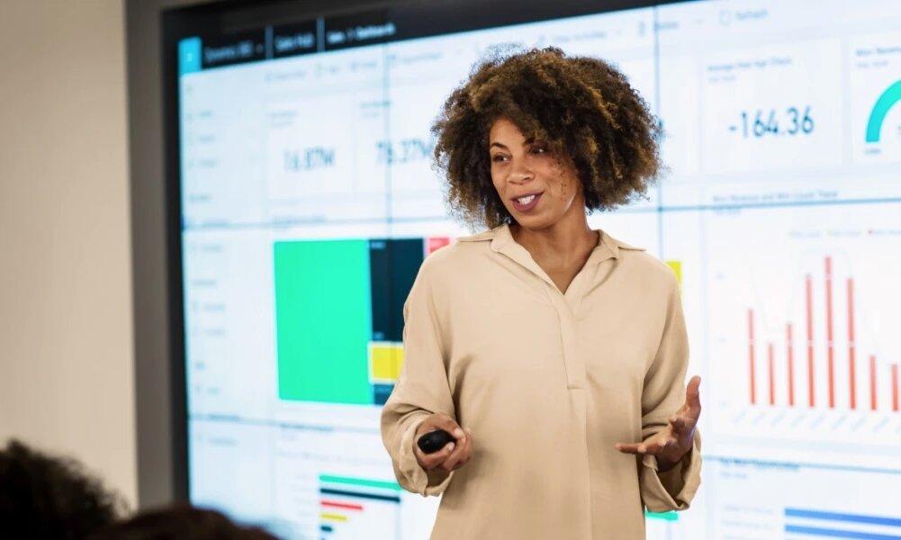 Microsoft compra Suplari, una empresa que ayuda a otras a comprender y controlar sus gastos