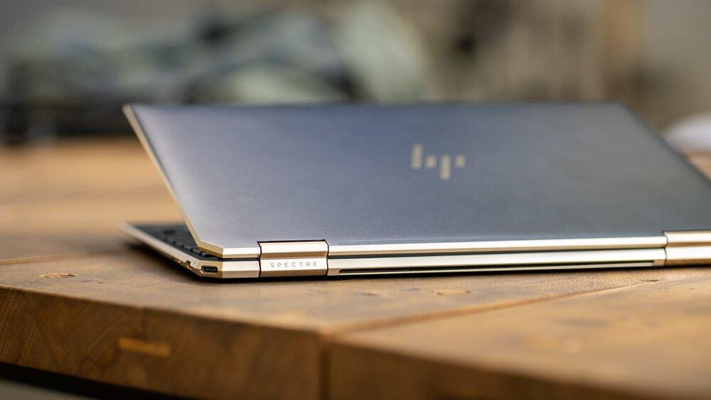 HP registra un freno en la demanda de PCs de escritorio y una subida de la de portátiles